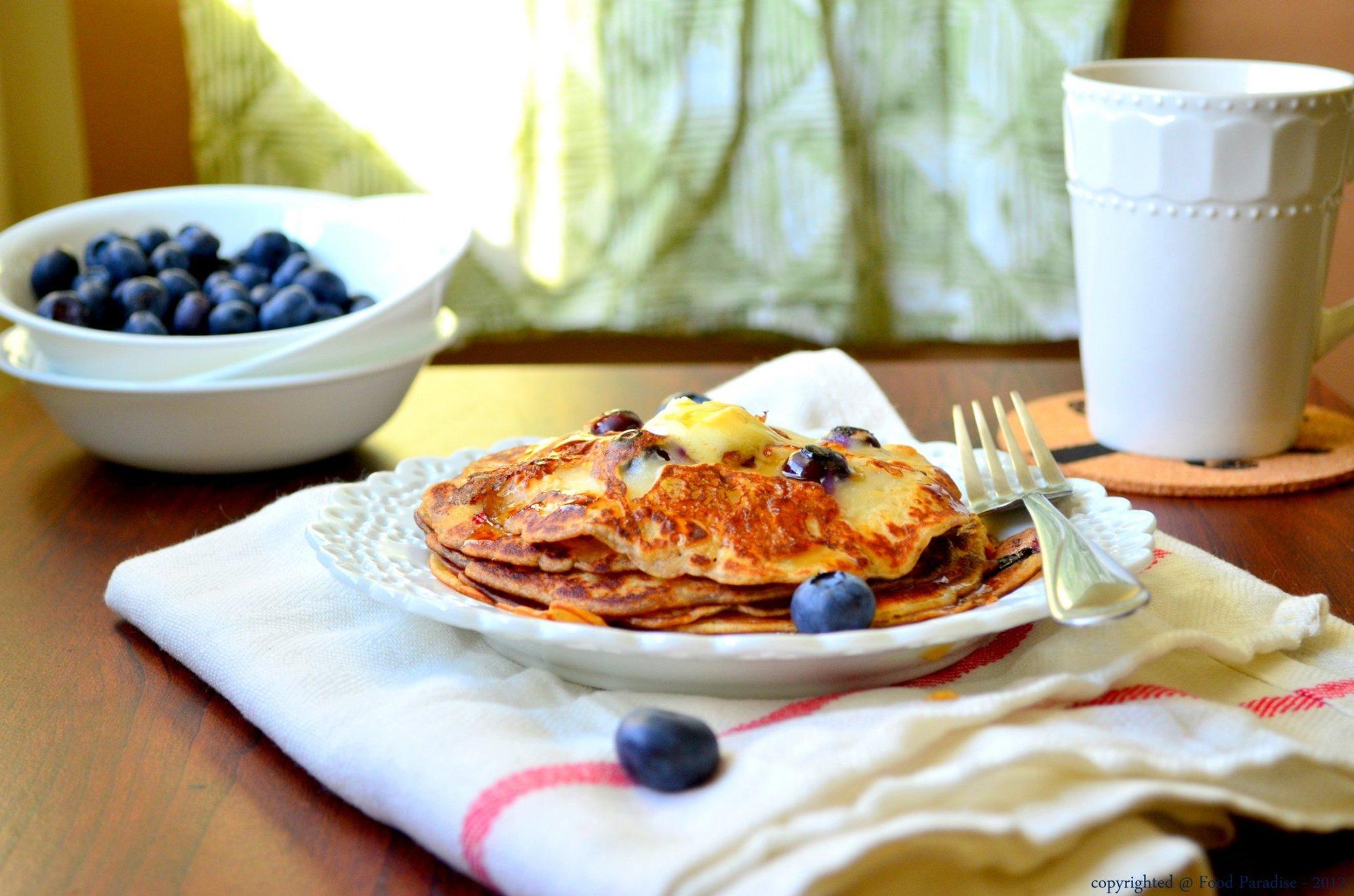 Blueberry-Buttermilk-Pancakes-001