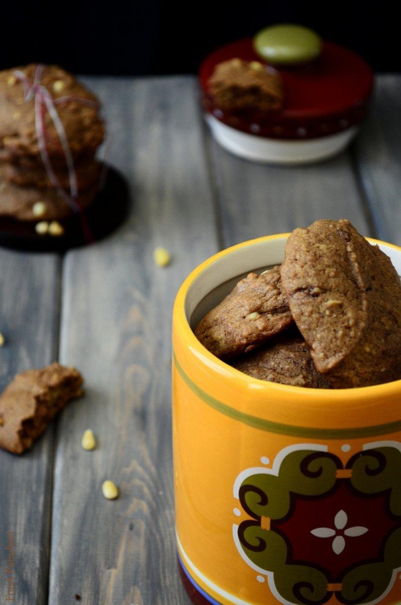 Nutella & Pine-Nut Cookies